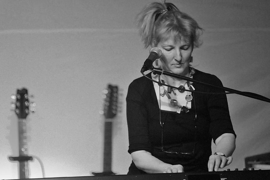Helen Davey Band